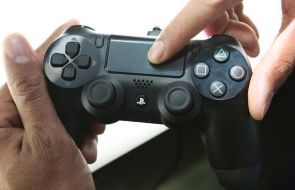Touch koji u FIFA-i prebacuje kontrole na golmana i uzrokuje kaos