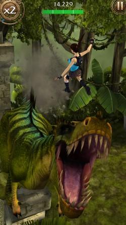 Lara-croft-relic-run-11